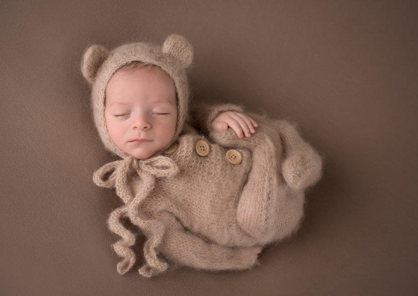ct-newborn-photographer